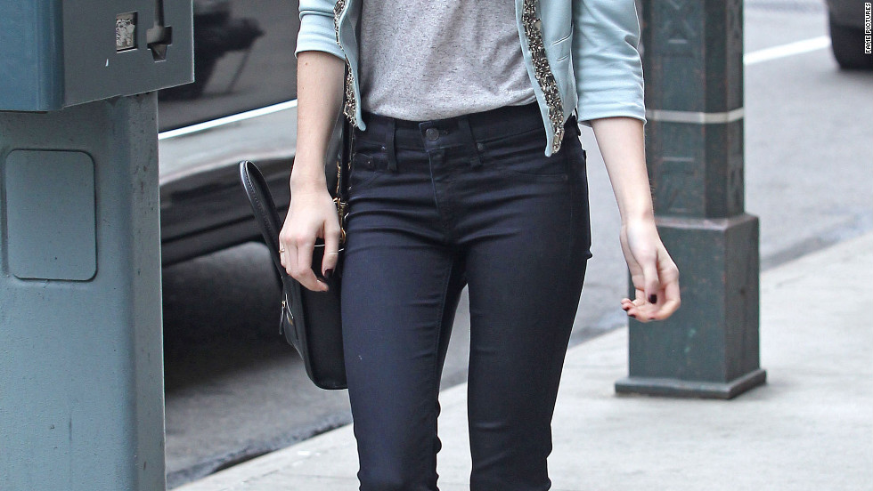Emma Roberts roams around New York City.