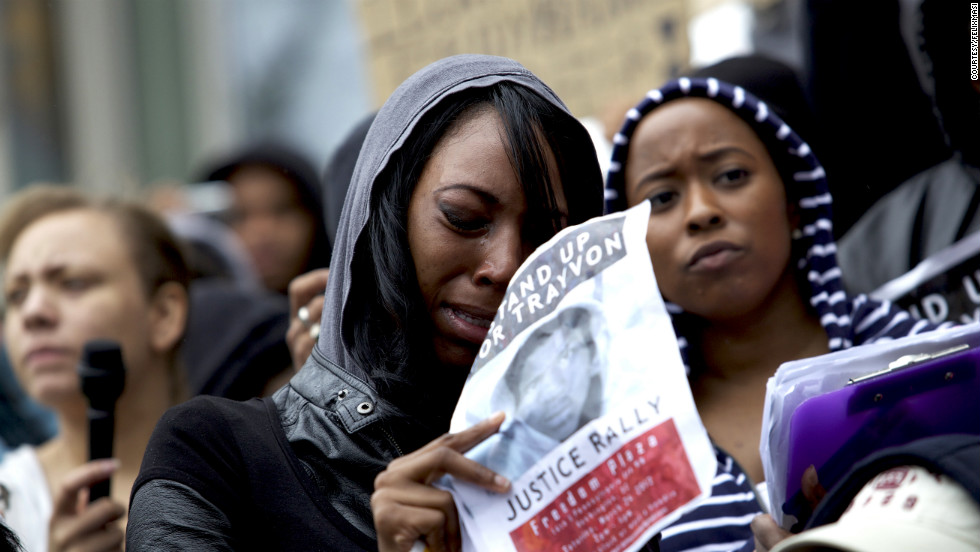 Hundreds of people joined together Saturday at the Freedom Plaza in Washington for a million hoodie rally and demanded justice in Trayvon's death.