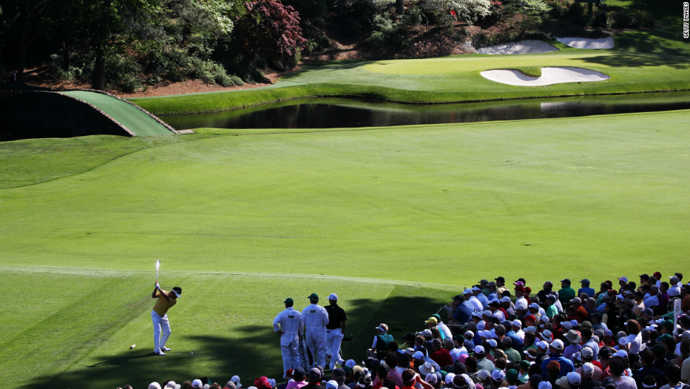 Arguably the most famous par-three in golf, Augusta's 155-yard 12th hole (Golden Bell) sees players fire a short iron to a green guarded by Raes Creek at the front and bunkers at the back. The green is wide but only 10 paces deep, making club selection vital. Tom Weiskopf conspired to make 13 here in 1980.