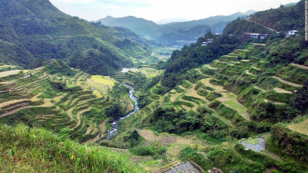 The Philippines is a mountainous archipelago of 7,107 islands with a total area of 300,000 square kilometers.  It has five UNESCO World Heritage cultural and natural sites, including ancient rice terraces in the Cordilleras mountain range on the northern island of Luzon.