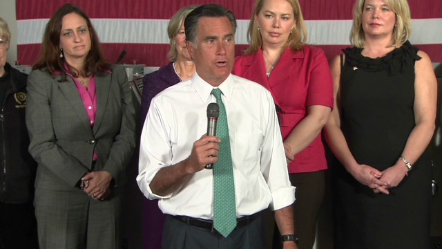 Romney, Obama battle over women voters