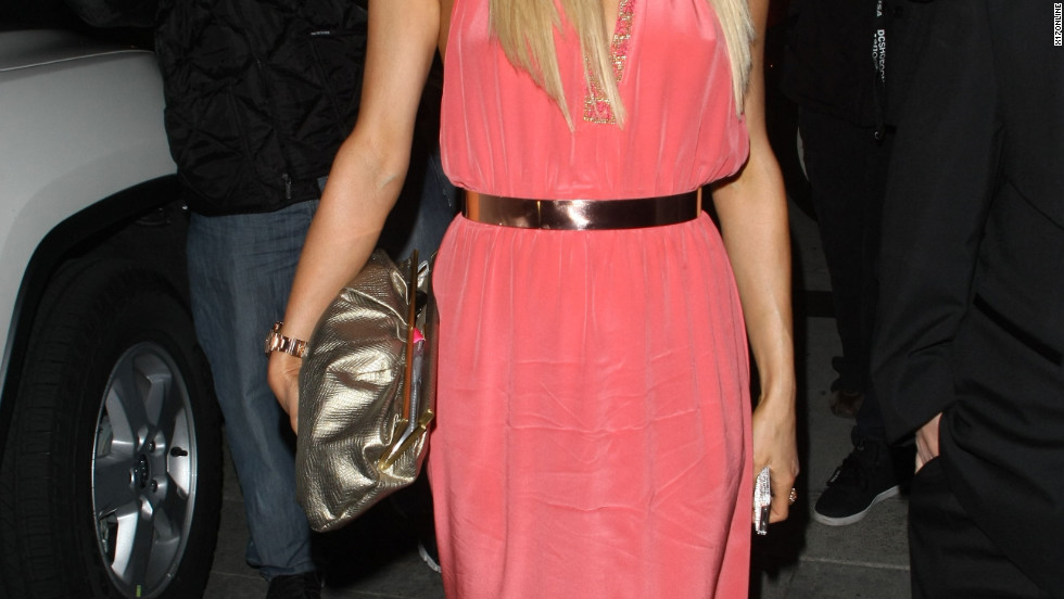 Paris Hilton dines in Hollywood.