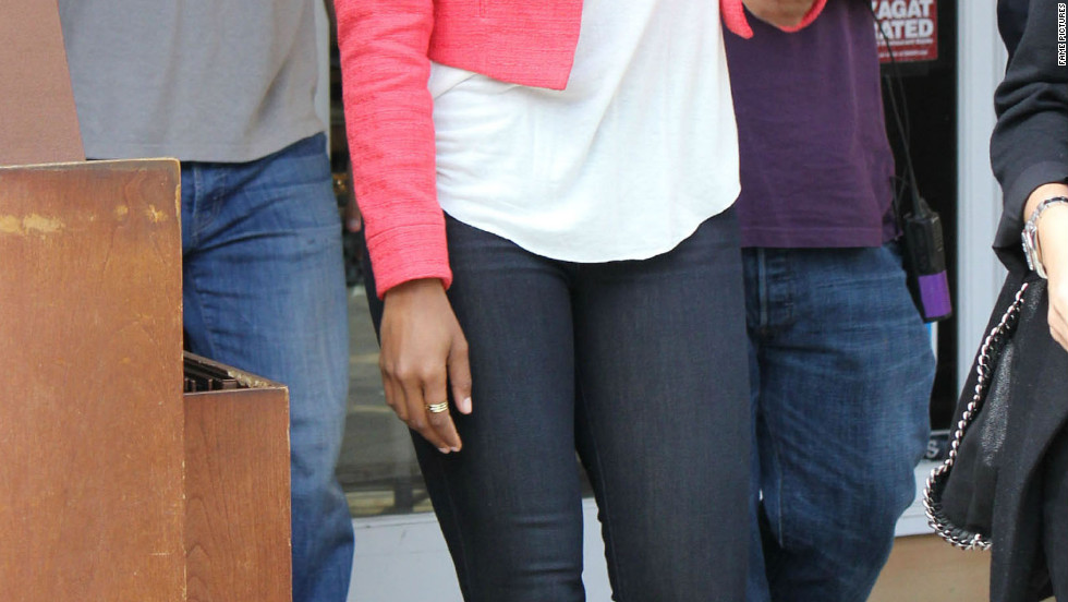 "Gabrielle Union visits ""Extra"" in Los Angeles."