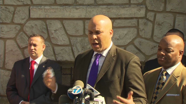 Mayor Booker downplays 'hero' label