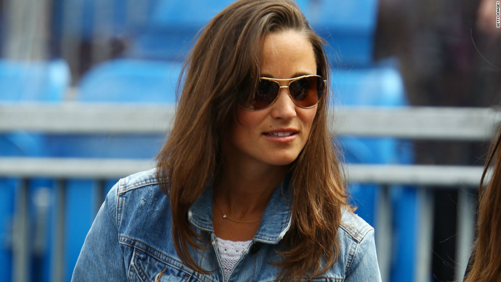 Pippa Middleton watches a match at the AEGON Championships at Queen's Club, London on June 9, 2011.