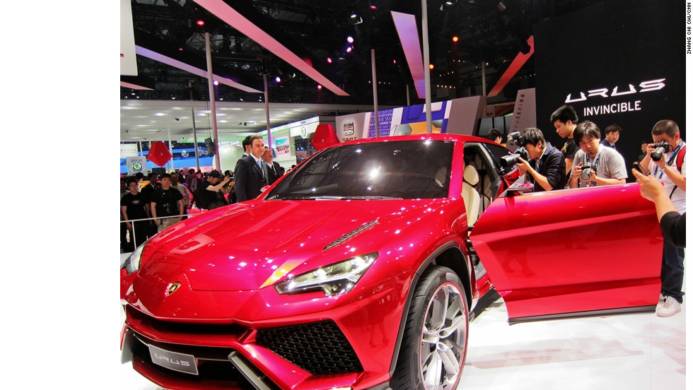 Lamborghini debuts its concept car Urus, set to compete against the popular Porsche Cayenne if it enters the China market.