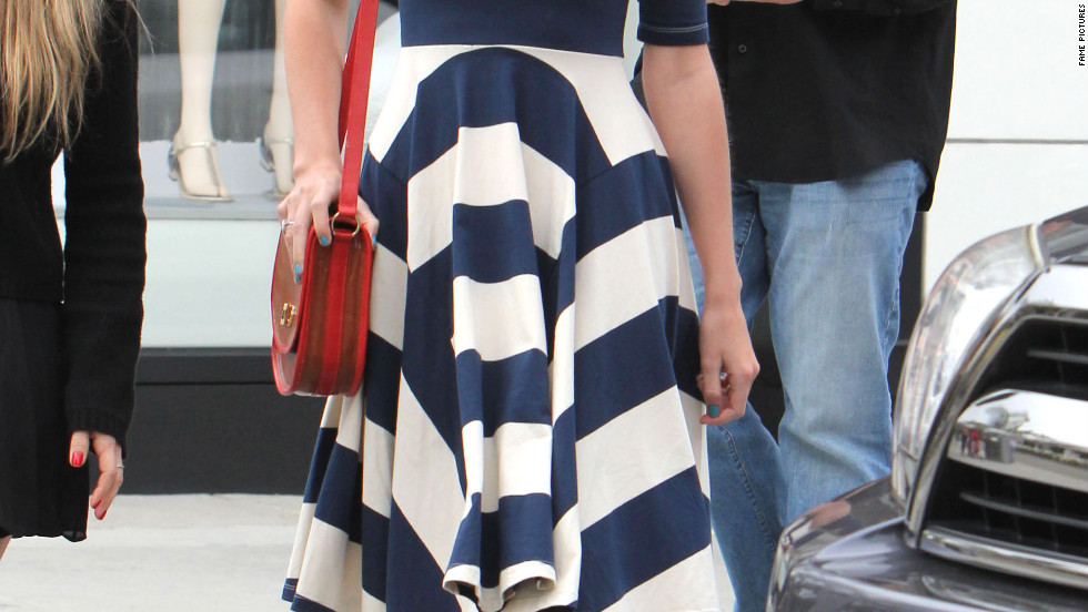 Taylor Swift goes shopping in Beverly Hills.