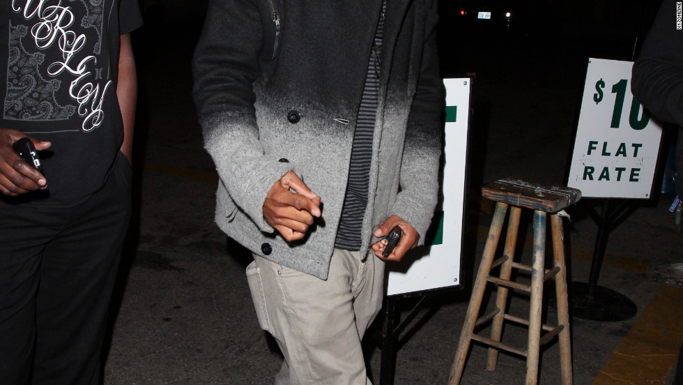 Columbus Short dines in Hollywood.