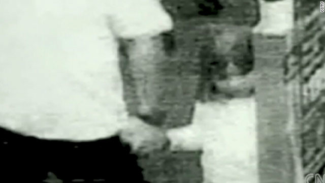Madeline Mccann Detail: UK Police Say Missing Girl Madeleine McCann May Still Be