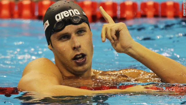 Olympic swimmer dies at 26