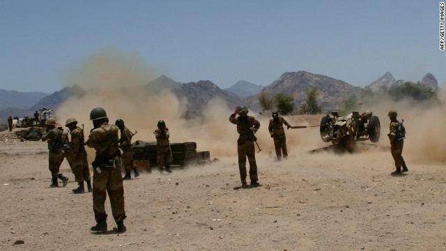 Yemeni soldiers fire an artillery at al Qaeda militants' positions near the town of Lowder on April 30, 2012.