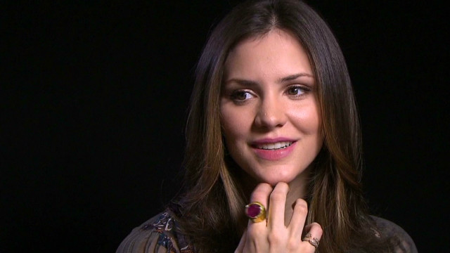 Katharine McPhee dances with Clinton