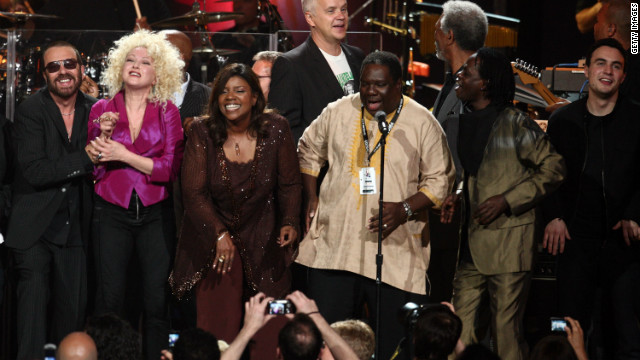 With Dave Stewart, Cyndi Lauper, Angelique Kidjo, Tim Robbins, Morgan Freeman, Baaba Maal and Jesse Clegg during the Mandela Day concert.