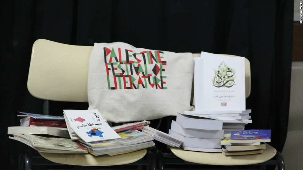 PalFest collected more than 1,500 books -- including copies of an anthology of extracts from works by festival participants -- which were distributed to cultural centers and university libraries.
