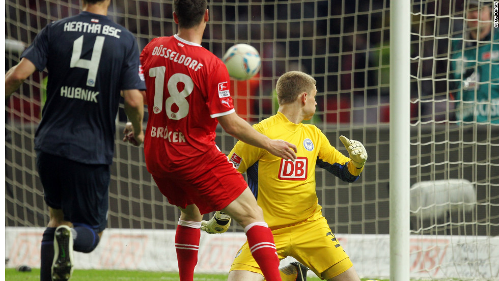 At the bottom of the Bundesliga, Hertha Berlin were relegated after losing a two-legged playoff against Fortuna Dusseldorf 4-3 on aggregate. The result means Fortuna, who finished third in Bundesliga 2, will return to the top flight next season for the first time in 15 years.