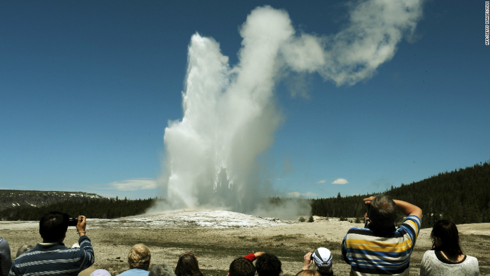 Yellowstone, Grand Teton park visitors warned of spike in sicknesses