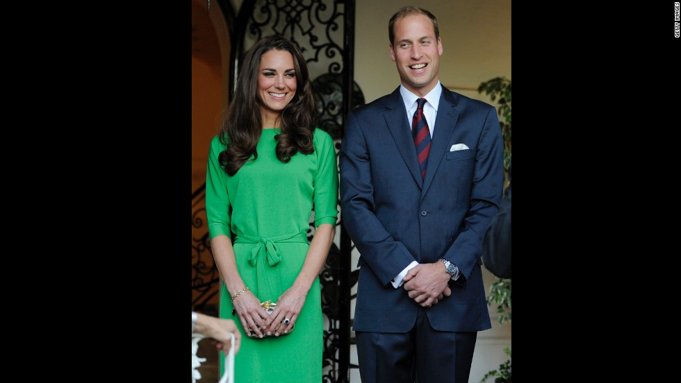Kate wore a green Diane Von Furstenberg frock in Los Angeles on July 8 2011.
