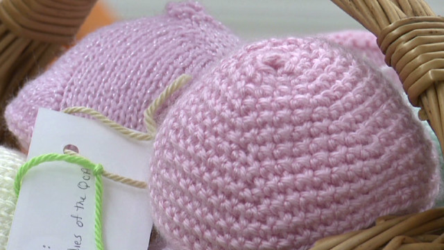 Knitting breasts for cancer patients