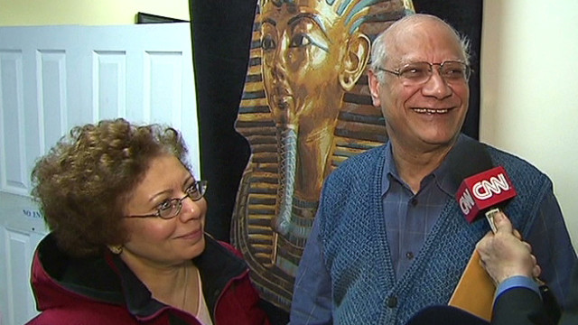 pkg roth expats vote in egypt elections_00003419