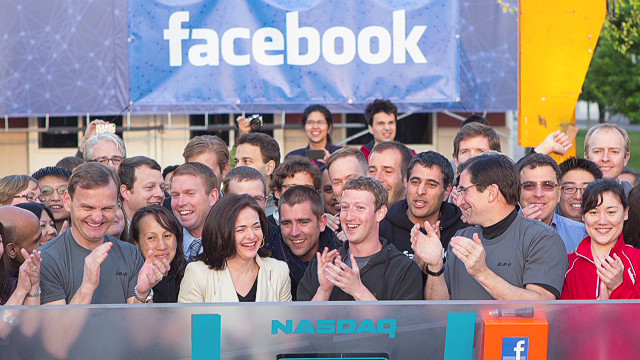 Facebook IPO debuted on Nasdaq on Friday, albeit late.