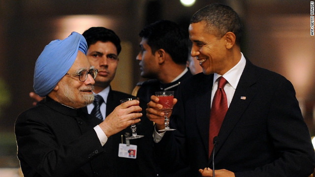 Barack Obama and former Indian Prime Minister Manmohan Singh in New Delhi on November 8, 2010.