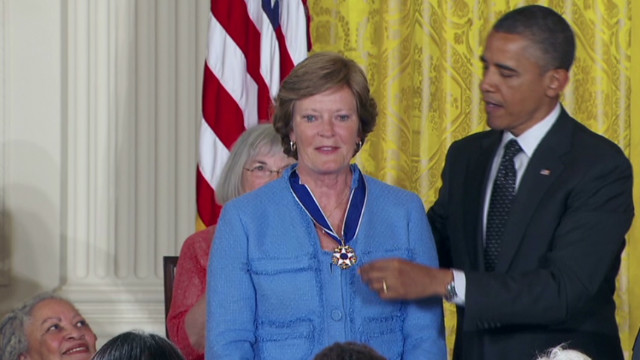 Obama honors Medal of Freedom recipients