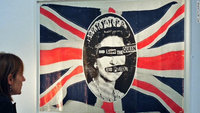 "In 1977, the Sex Pistols shocked Britain with their single ""God Save The Queen."" Republicans say the sentiments remain strong."