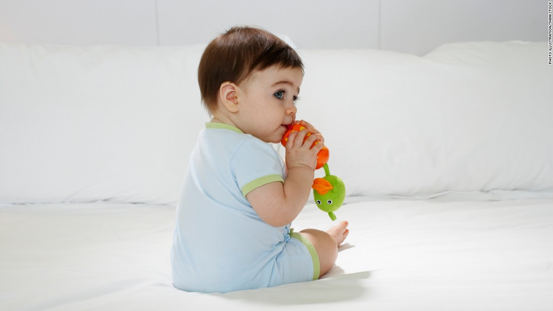 FDA warns parents against using teething tablets and gels