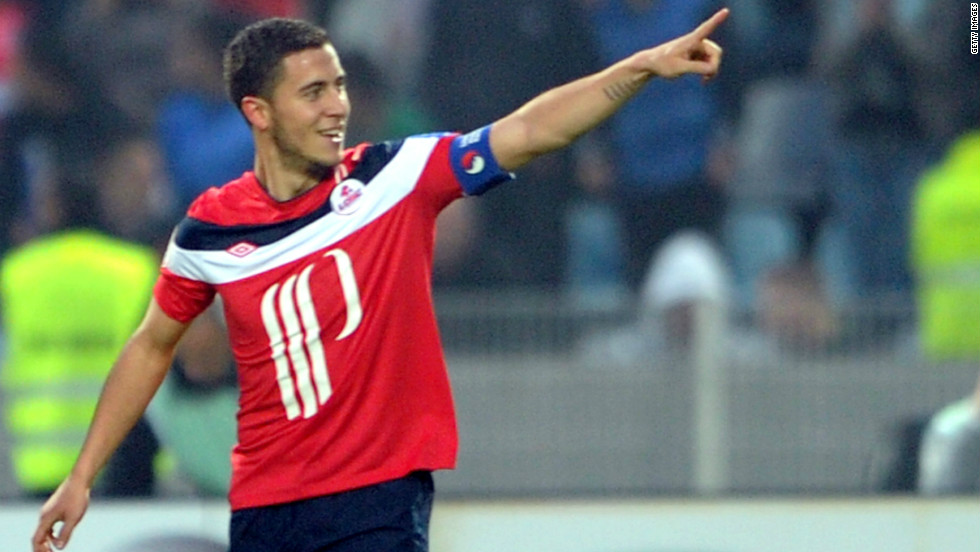 <strong>04/06/2012 - Hazard completes Chelsea move: </strong>European champions Chelsea have announced the signing of Eden Hazard from French side Lille. The Belgian will join up with his new teammates when preseason training begins in July.