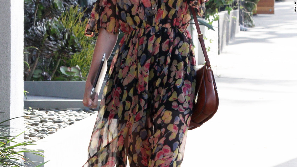 Kate Bosworth roams around Beverly Hills.