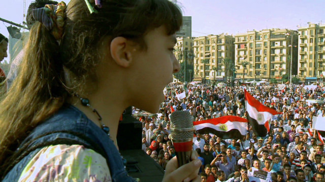 Egypt takes to Tahrir in political fight
