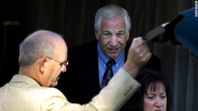 Lawyer: Sandusky gave odd stare in court