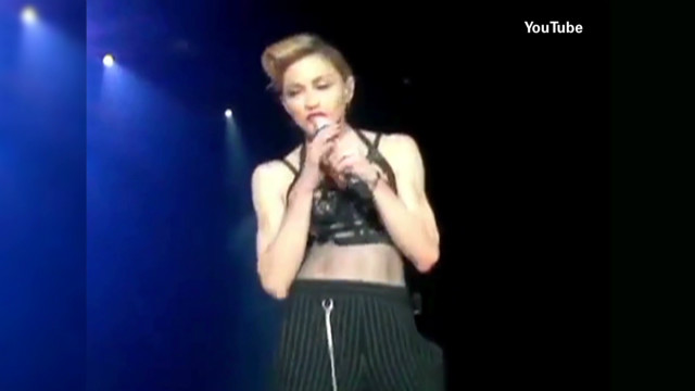 Madonna exposes herself to fans