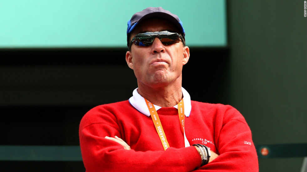 Ivan Lendl, twice Wimbledon runner-up and now Andy Murray's coach, believes serve and volley is a dying art in tennis.