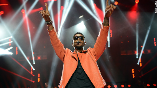 "Usher performs in London at the ""American Express Unstaged"" series."