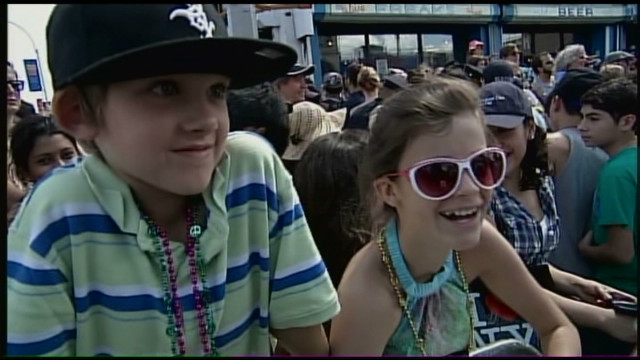 Coney Island hosts 30th Mermaid Parade