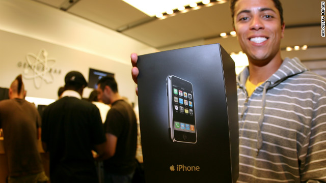 2010: iPhone gets face-lift