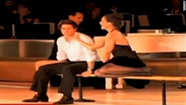 2010: Tom and Katie's dirty dance
