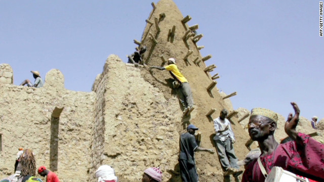 Sacred tombs of Timbuktu destroyed