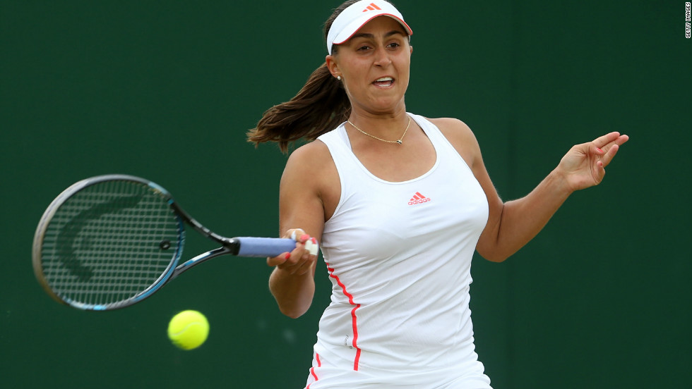 Young Austrian Tamira Paszek reached the quarterfinals for the second year in a row, beating Italian 21st seed Roberta Vinci 6-2 6-2, and will next face world No. 2 Victoria Azarenka.