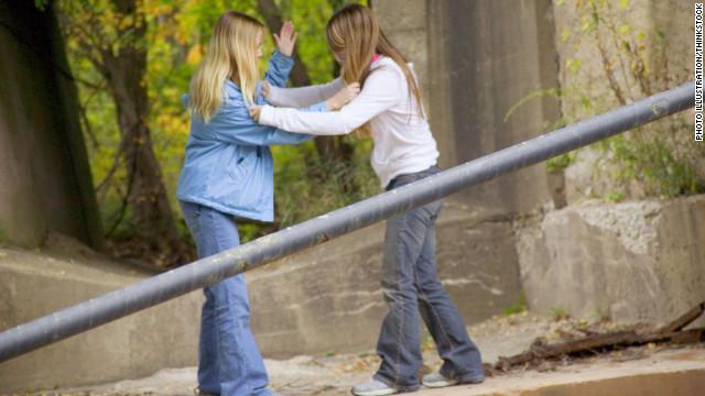 Bullied girl dating popular boy