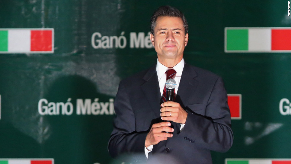 Peña Nieto, whose political party was ousted by the conservative National Action Party in 2000, addresses supporters Sunday.
