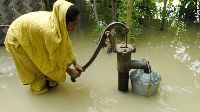 April 2012: India battles crippling floods