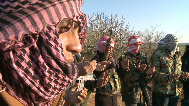Syrian rebels split amid new deaths