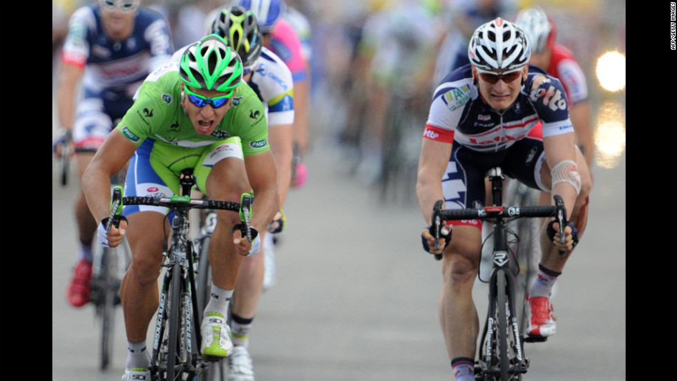 Stage 6 winner Peter Sagan of Slovakia pushes to the finish line ahead of Germany's Andre Greipel on Friday. The 207.5-kilometer stage began in Epernay and finished in Metz, in northeastern France.