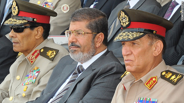 Egypt's Morsy 'retires' military leaders