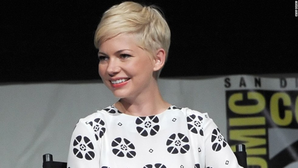 Michelle Williams speaks at a Comic-Con panel.