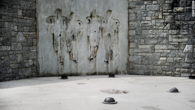 Joe Paterno statue removed from stadium