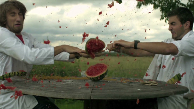 vo slow motion watermelon explosion _00004706