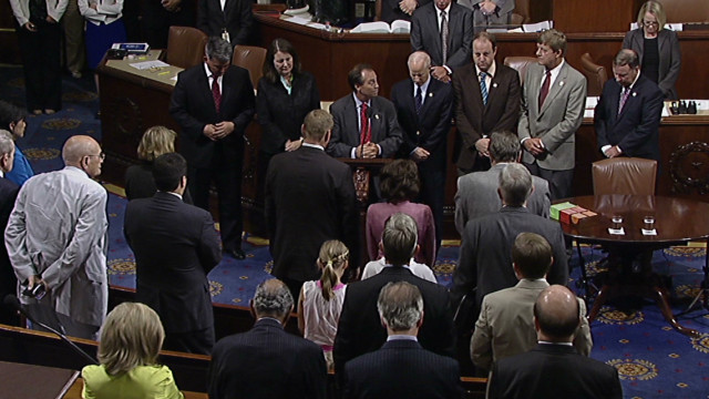 Lawmakers remember Colorado victims